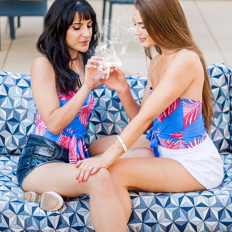 #weedhitit #ganjagirls #smokewithme #womenincannabis #cannabiscommunity #bongbeauties #girlswhosmokeweed #girlswhosmoke #ganjababes #sexystoners #washingtonvapeco #420girls #dcevents #kush #marijuana #marijuanamodel #dcweed #dccannabis #washingtondc